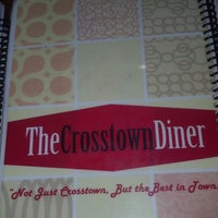 Photo prise au Crosstown Diner par Tom M. le10/30/2012