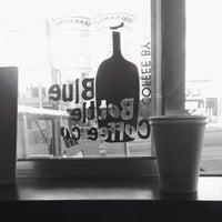 Foto tomada en Eureka! Cafe at 451 Castro Street por John C. el 10/3/2014
