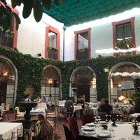 Photo prise au Restaurante Casa Palacio Bandolero par Joey W. le5/25/2019