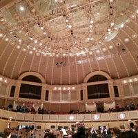 Foto tomada en Symphony Center (Chicago Symphony Orchestra) por Dan G. el 5/12/2013