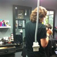 Снимок сделан в Rock Your Hair Studio пользователем Lau E. 4/23/2014