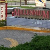Foto tirada no(a) Shopping Millennium por Vânia N. em 10/29/2012