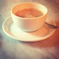 Foto tirada no(a) Kleines Café por Rita em 10/4/2013