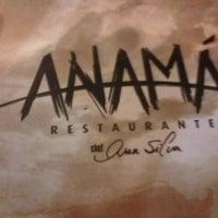 Foto scattata a Anamá Restaurante da Eduardo S. il 11/17/2012