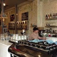 รูปภาพถ่ายที่ Coutume Café โดย Frederik D. เมื่อ 4/12/2013