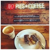 11/8/2014 tarihinde Will B.ziyaretçi tarafından Fork-In Aussie Pie Kitchen, Santa Monica'de çekilen fotoğraf