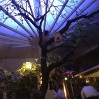 Foto scattata a Trilye Restaurant da Ipek G. il 10/11/2012