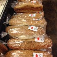 Das Foto wurde bei Riccardo's Market von Beth R. am 11/24/2013 aufgenommen