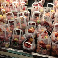 Das Foto wurde bei Riccardo's Market von Beth R. am 11/22/2012 aufgenommen