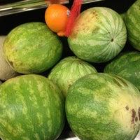 รูปภาพถ่ายที่ Riccardo's Market โดย Beth R. เมื่อ 2/25/2013