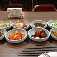 Снимок сделан в Korean Palace пользователем Lloyd L. 2/19/2013