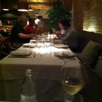 Foto tirada no(a) Duo Restaurante por André Z. em 2/22/2013