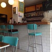 Снимок сделан в Gringo Café пользователем Maria Luiza A. 10/19/2012