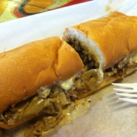 4/20/2013にStacy F.がWoody's Famous CheeseSteaksで撮った写真