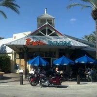 Foto tomada en Bru's Room Sports Grill - Delray Beach por Tony V. el 11/25/2012