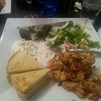 รูปภาพถ่ายที่ Santorini Cafe โดย Priscilla R. เมื่อ 5/21/2013