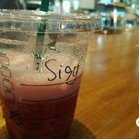 Das Foto wurde bei Starbucks von sisythohir ✅. am 8/24/2018 aufgenommen