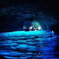 Foto scattata a Grotta Azzurra da Alysha il 6/14/2013