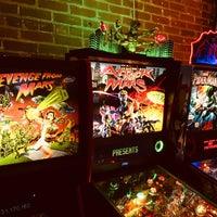 Снимок сделан в Boxcar Bar + Arcade пользователем Justin G. 6/29/2019