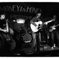 Снимок сделан в Money Honey пользователем Evgenia P. 10/1/2012