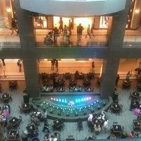 Photo prise au Costanera Center par Juan G. le3/16/2013