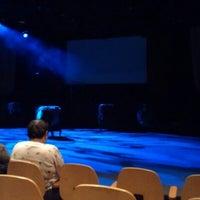 Foto diambil di Playwrights Horizons oleh Frank B. pada 12/29/2012
