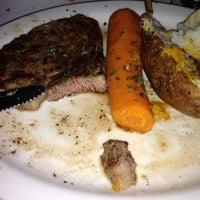 Foto tomada en Bob's Steak & Chop House por Bruno A. el 9/30/2012