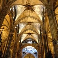Foto tomada en Catedral de la Santa Cruz y Santa Eulalia por )|( aXxel el 7/2/2013