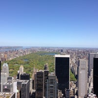 Foto diambil di Top of the Rock Observation Deck oleh Cristian M. pada 5/3/2013