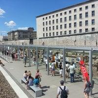 Das Foto wurde bei Baudenkmal Berliner Mauer von Andrey S. am 7/20/2013 aufgenommen
