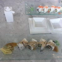 Foto scattata a Amici Sushi da Vera U. il 7/24/2017