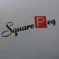 Foto tomada en Square Peg por Danny T. el 5/22/2013
