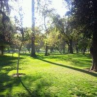 Das Foto wurde bei Parque Forestal von Sebastián Ignacio O. am 9/23/2012 aufgenommen