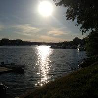 Foto tomada en Georgetown Waterfront Park por Sheena B. el 5/26/2013