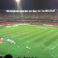 Das Foto wurde bei Melbourne Cricket Ground (MCG) von Claire S. am 7/24/2013 aufgenommen