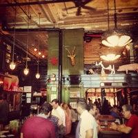 Das Foto wurde bei The Breslin Bar & Dining Room von Dimitris S. am 7/24/2013 aufgenommen