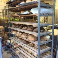 Das Foto wurde bei The Bread Station von Max B. am 9/2/2016 aufgenommen