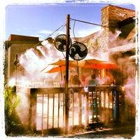 8/31/2013 tarihinde Melisa S.ziyaretçi tarafından Rehab Burger Therapy'de çekilen fotoğraf