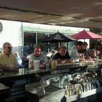Foto tomada en Black Forest Brew Haus por Robert P. el 5/31/2012