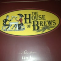 Photo prise au The House of Brews par Dana W. le3/29/2013