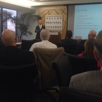 Photo prise au Dallas Regional Chamber par Andrew S. le10/23/2014