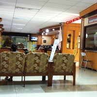 Foto scattata a Kantor Pelayanan Pajak Pratama Mataram Barat da Pandu K. U. il 2/5/2014