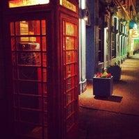 Снимок сделан в Churchill's Pub пользователем Анастасия С. 6/1/2013