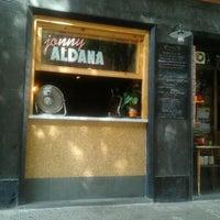 รูปภาพถ่ายที่ Jonny Aldana Bar โดย Mayela A. เมื่อ 9/17/2012