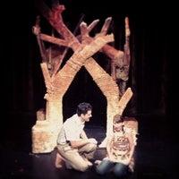 Foto scattata a Abingdon Theater da Julia il 12/5/2012