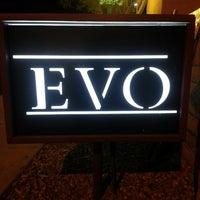 Das Foto wurde bei EVO von Ann-Marie Y. am 5/2/2013 aufgenommen