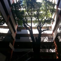 Foto scattata a Universidad Autónoma de Asunción da Alan O. il 9/10/2013