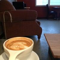Foto tomada en Transcend Coffee por Jenifer S. el 1/22/2013