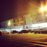 Foto tirada no(a) Araguaia Shopping por Matheus F. em 4/30/2013