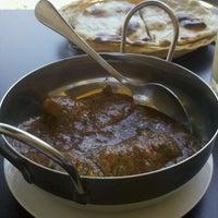 2/20/2013에 Gilberto G.님이 Al Meraj Grill & Pak Indian Cuisine에서 찍은 사진